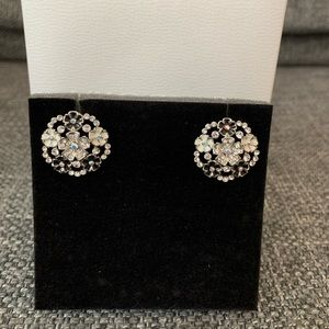 3 FOR $15!! Earring with flowers